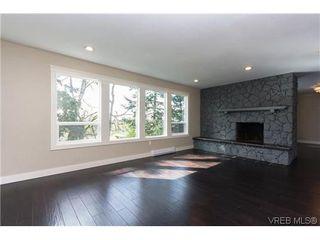 Photo 5: 979 Ridgeway St in VICTORIA: SE Swan Lake Single Family Detached for sale (Saanich East)  : MLS®# 636924