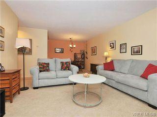 Photo 5: 206 1124 Esquimalt Rd in VICTORIA: Es Rockheights Condo for sale (Esquimalt)  : MLS®# 677741
