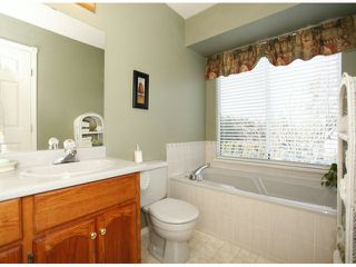 Photo 17: 1615 143B ST in Surrey: Sunnyside Park Surrey House for sale (South Surrey White Rock)  : MLS®# F1406922