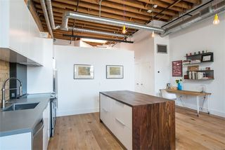 Photo 8: 27 Brock Ave Unit #209 in Toronto: Roncesvalles Condo for sale (Toronto W01)  : MLS®# W3722711