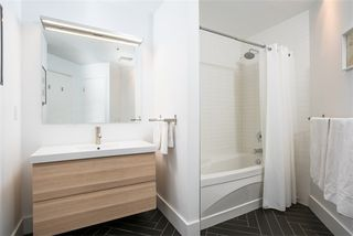 Photo 17: 27 Brock Ave Unit #209 in Toronto: Roncesvalles Condo for sale (Toronto W01)  : MLS®# W3722711