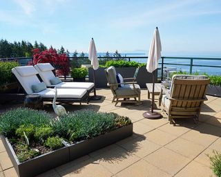 Photo 18: 1102 14824 NORTH BLUFF ROAD: White Rock Condo for sale (South Surrey White Rock)  : MLS®# R2350476