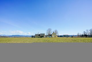 Photo 2: 8463 272nd Street in Langley: House for sale