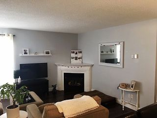 Photo 5: 835 NORTH ROAD in Gibsons: Gibsons & Area Townhouse for sale (Sunshine Coast)  : MLS®# R2339825