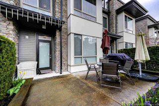 Photo 4: 102 7418 BYRNEPARK WALK in Burnaby: South Slope Townhouse for sale (Burnaby South)  : MLS®# R2356534
