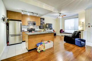 Photo 6: 102 7418 BYRNEPARK WALK in Burnaby: South Slope Townhouse for sale (Burnaby South)  : MLS®# R2356534
