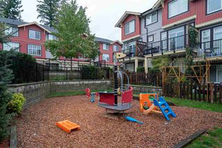 """Photo 18: 48 13886 62 Avenue in Surrey: Sullivan Station Townhouse for sale in """"Fusion"""" : MLS®# R2411972"""