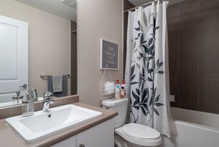 """Photo 14: 48 13886 62 Avenue in Surrey: Sullivan Station Townhouse for sale in """"Fusion"""" : MLS®# R2411972"""