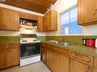 Photo 8: 721 PORTER Road in VICTORIA: Es Old Esquimalt Single Family Detached for sale (Esquimalt)  : MLS®# 417684