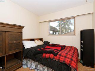 Photo 16: 721 PORTER Road in VICTORIA: Es Old Esquimalt Single Family Detached for sale (Esquimalt)  : MLS®# 417684