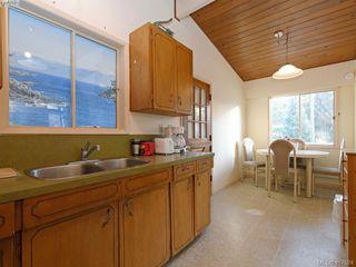 Photo 10: 721 PORTER Road in VICTORIA: Es Old Esquimalt Single Family Detached for sale (Esquimalt)  : MLS®# 417684