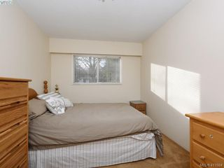 Photo 17: 721 PORTER Rd in VICTORIA: Es Old Esquimalt Single Family Detached for sale (Esquimalt)  : MLS®# 828633