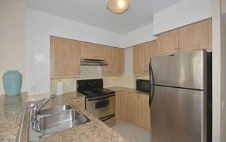 Photo 8: 610 455 Rosewell Avenue in Toronto: Lawrence Park South Condo for sale (Toronto C04)  : MLS®# C4678281