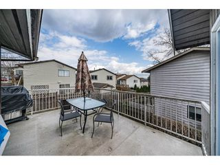 """Photo 17: 2515 WILDING Crescent in Langley: Willoughby Heights House for sale in """"LANGLEY MEADOWS"""" : MLS®# R2447428"""
