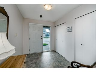 """Photo 2: 2515 WILDING Crescent in Langley: Willoughby Heights House for sale in """"LANGLEY MEADOWS"""" : MLS®# R2447428"""