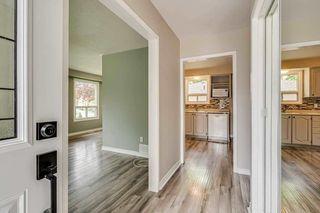 Photo 5: 46 Parkview Drive: Orangeville House (Bungalow) for sale : MLS®# W4773898