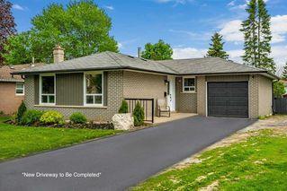 Photo 1: 46 Parkview Drive: Orangeville House (Bungalow) for sale : MLS®# W4773898