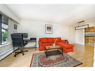 "Photo 8: 313 436 SEVENTH Street in New Westminster: Uptown NW Condo for sale in ""REGENCY COURT"" : MLS®# R2461513"