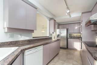 Photo 15: 11C 338 TAYLOR Way in West Vancouver: Park Royal Condo for sale : MLS®# R2472551