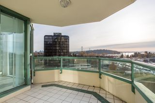 Photo 6: 11C 338 TAYLOR Way in West Vancouver: Park Royal Condo for sale : MLS®# R2472551