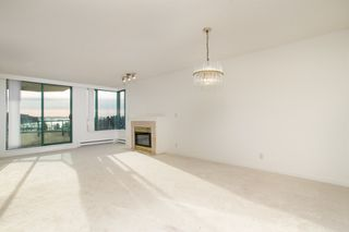Photo 9: 11C 338 TAYLOR Way in West Vancouver: Park Royal Condo for sale : MLS®# R2472551