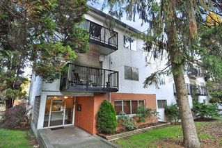 Main Photo: 55 2002 ST JOHNS Street in Port Moody: Port Moody Centre Condo for sale : MLS®# R2492660