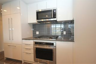 """Photo 11: 1706 3100 WINDSOR Gate in Coquitlam: New Horizons Condo for sale in """"The Lloyd"""" : MLS®# R2494861"""