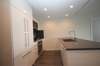 """Photo 14: 1706 3100 WINDSOR Gate in Coquitlam: New Horizons Condo for sale in """"The Lloyd"""" : MLS®# R2494861"""