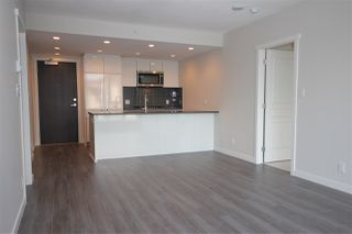 """Photo 5: 1706 3100 WINDSOR Gate in Coquitlam: New Horizons Condo for sale in """"The Lloyd"""" : MLS®# R2494861"""