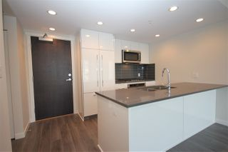"""Photo 12: 1706 3100 WINDSOR Gate in Coquitlam: New Horizons Condo for sale in """"The Lloyd"""" : MLS®# R2494861"""