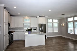 Photo 2: CARLSBAD WEST Manufactured Home for sale : 3 bedrooms : 7007 San Bartolo St #33 in Carlsbad