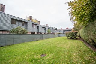 """Photo 26: 104 3031 WILLIAMS Road in Richmond: Seafair Townhouse for sale in """"EDGEWATER PARK"""" : MLS®# R2513589"""