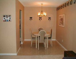 """Photo 4: 109 9880 MANCHESTER DR in Burnaby: Cariboo Condo for sale in """"BROOKSIDE PARK"""" (Burnaby North)  : MLS®# V580714"""
