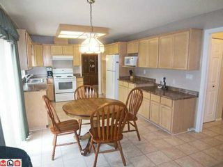 """Photo 5: 21649 45TH Avenue in Langley: Murrayville House for sale in """"Upper Murrayville"""" : MLS®# F1216788"""