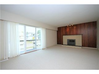 Photo 3: 3578 WELLINGTON Avenue in Vancouver: Collingwood VE House for sale (Vancouver East)  : MLS®# V967871