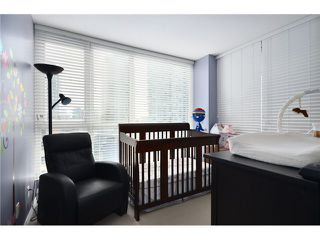 """Photo 7: 904 183 KEEFER Place in Vancouver: Downtown VW Condo for sale in """"Paris Place"""" (Vancouver West)  : MLS®# V990466"""