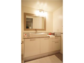 """Photo 9: 301 1185 QUAYSIDE Drive in New Westminster: Quay Condo for sale in """"RIVIERA MANSIONS"""" : MLS®# V1000019"""