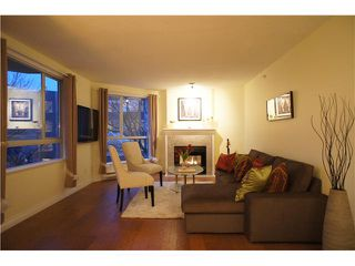 """Photo 4: 301 1185 QUAYSIDE Drive in New Westminster: Quay Condo for sale in """"RIVIERA MANSIONS"""" : MLS®# V1000019"""