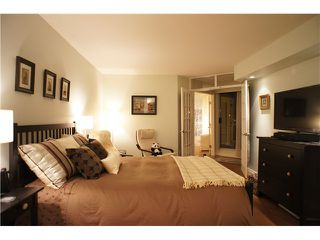 """Photo 7: 301 1185 QUAYSIDE Drive in New Westminster: Quay Condo for sale in """"RIVIERA MANSIONS"""" : MLS®# V1000019"""