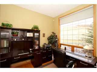 Photo 2: 30 EAGLEVIEW Heights: Cochrane Residential Attached for sale : MLS®# C3565112