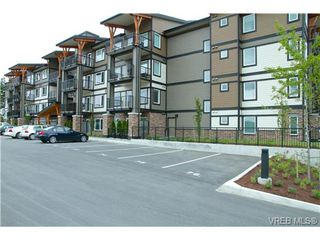 Photo 1: 403 286 Wilfert Road in VICTORIA: VR Six Mile Condo Apartment for sale (View Royal)  : MLS®# 325621