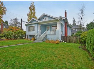 Photo 2: 2708 W 33RD AV in Vancouver: MacKenzie Heights House for sale (Vancouver West)  : MLS®# V1091983