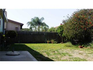 Photo 3: Home for sale : 3 bedrooms : 3966 Anastasia Street in San Diego