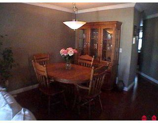 """Photo 4: 8717 159TH Street in Surrey: Fleetwood Tynehead Townhouse for sale in """"Springfield Gardens"""" : MLS®# F2623924"""