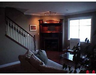 """Photo 3: 8717 159TH Street in Surrey: Fleetwood Tynehead Townhouse for sale in """"Springfield Gardens"""" : MLS®# F2623924"""