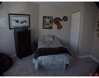 """Photo 8: 8717 159TH Street in Surrey: Fleetwood Tynehead Townhouse for sale in """"Springfield Gardens"""" : MLS®# F2623924"""