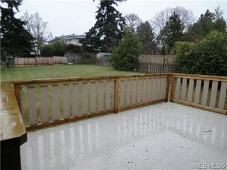 Photo 15: 580 Peto Place in Victoria: SW Glanford House for sale (Saanich West)