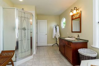 Photo 12: 20010 50 AVENUE in Langley: Langley City House for sale : MLS®# R2278939