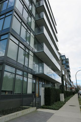 Photo 14: 305 728 W 8TH AVENUE in Vancouver: Fairview VW Condo for sale (Vancouver West)  : MLS®# R2396596