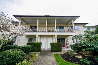 """Photo 1: 45 6467 197 Street in Langley: Willoughby Heights Townhouse for sale in """"Willow Park Estates"""" : MLS®# R2402822"""